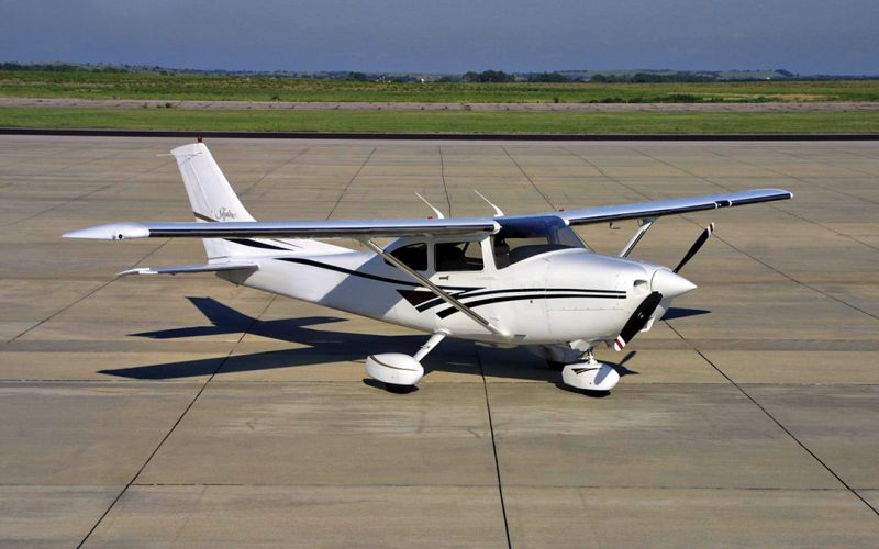 Avionics for Cessna – 182 Aircraft