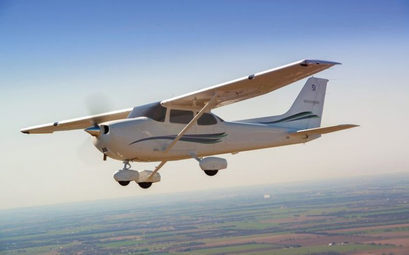Avionics for Cessna -152   Aircraft